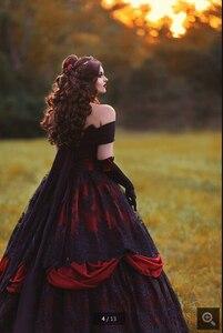 Image 2 - 2020 Robe de mariage vintage noir rouge Robe de bal Robe de mariée gothique hors de lépaule dentelle appliques perlées robes de mariée
