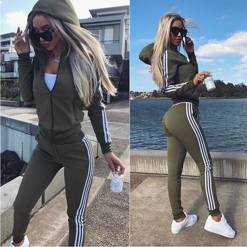 2019 Autumn And Winter Hooded Zipper Sports Causal Suit 2 Piece Set New Fashion Women 's Large Size Elastic Waist Trousers Suit