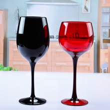 цена на European style lead-free red wine cup western restaurant high foot grape creative colored glass