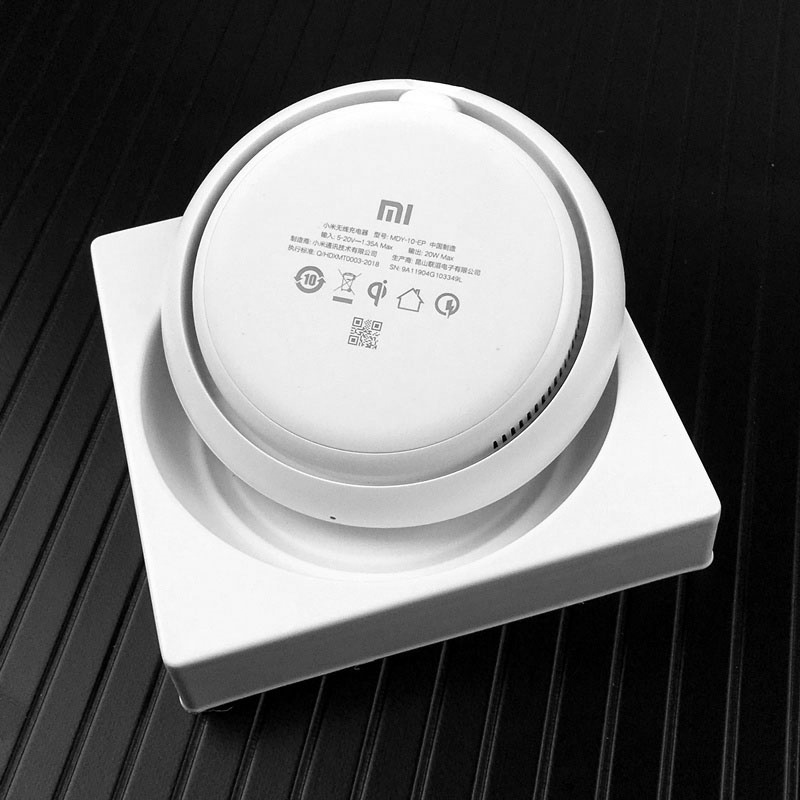 Image 5 - Hot Koop Original Xiaomi Wireless charger 20 w MAX 27 w PLUG To Mi 9 (20 w) mi x 2 s/3 qi EPP10W For iPhone XS XR XS MAX-in Mobile Phone Chargers from Cellphones & Telecommunications