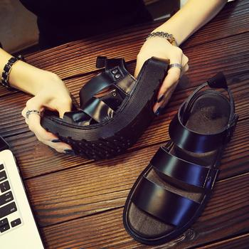 2020 Doc Men's Martins Shoes Summer New Style Outdoor Non-slip Breathable Men Fashion Trend Black Beach Shoes Casual Sandals Men