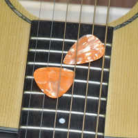 50 pcs Medium 0.71mm Blank Guitar Picks Plectrums Celluloid Pearl Orange