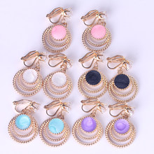 2019 new fresh popular minimalist geometric Rhinestone ear pierced ear clip personality wild earrings female(China)