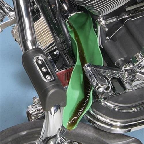 Купить с кэшбэком Mintiml Flexible Draining Tool Foldable Car Oil Refueling Long Mouth Funnel Gasoline Oil Additive Motorcycle Farm Machine Use