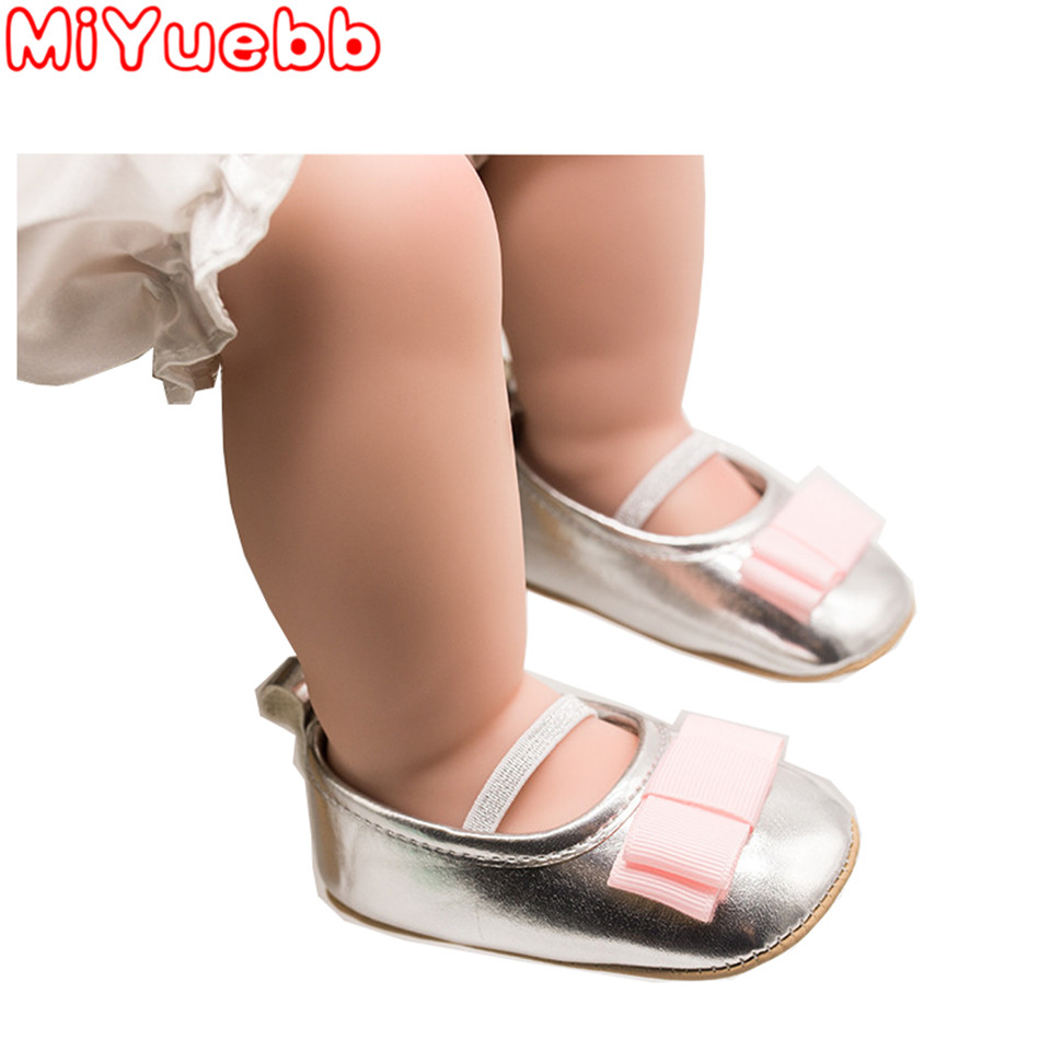 One Year Old 2020 Brand First Steps Patent Leather Baby Boy Girl Baby Shoes Bow Fringe Soft Soled Non-slip Footwear Crib Shoe DD