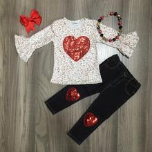 발렌타인 데이 봄 의상 어린이 면화 핑크 스트 라이프 러브 하트 모양 셔츠 옷 주름 장식 청바지 바지 경기 액세서리