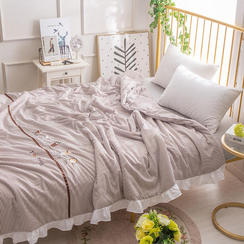 Spring and Summer Embroidered Thin Quilt Washed Cotton Lotus Leaf Edge Air Conditioning Quilt Light Breathable Princess Style