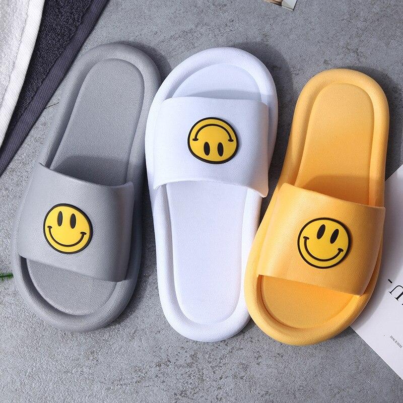 Women Summer Slippers Slide Sandals Beach Slides Smiley Face Flip Flops Comfortable Thick Soled Women Men Couple Bathe Shoes