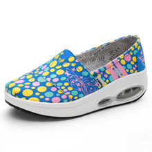 Women Toning Shoes Outdoor Ladies Flat Platform Canvas Sneakers Black Blue Women Height-Increasing Thick Sole Trainers