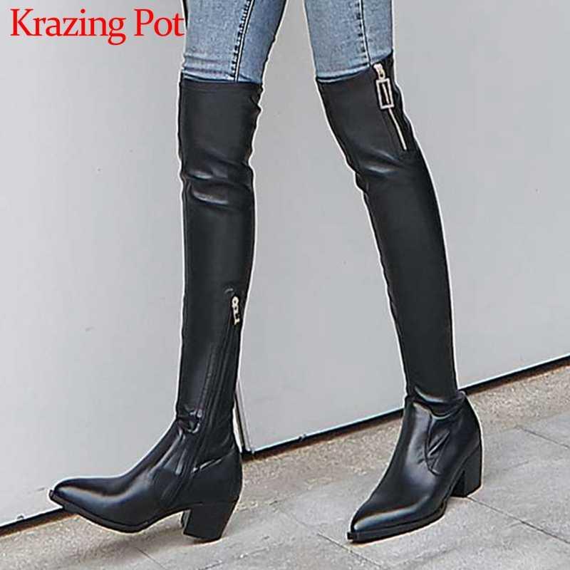Krazing Pot Avrupa tarzı hakiki deri sivri burun med topuklar metal yan zip kadınlar moda kış over-the- diz çizmeler L11