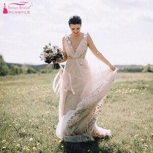 Image 2 - Meticlously Embroidery Wedding Dresses Dreamy Bohemian Bridal Gowns Backless Vestido De Noivas Chic Abiti da Sposa  ZW205