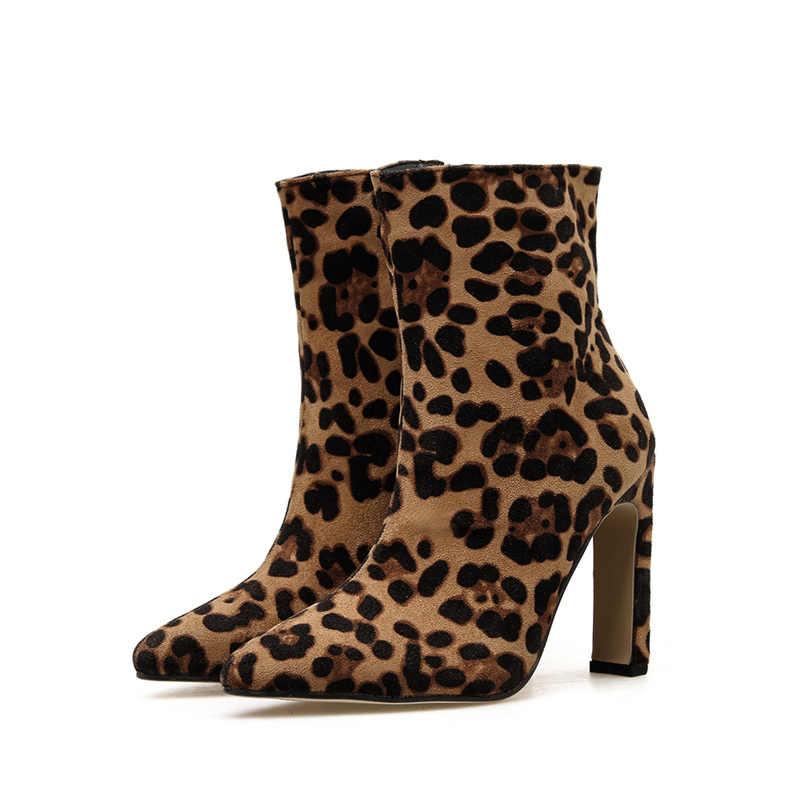 2020 moda çizmeler kadın 11cm yüksek topuklu fetiş leopar savaş Bootee çizmeler kalın blok topuklu lüks yarım çizmeler tıknaz ayakkabı
