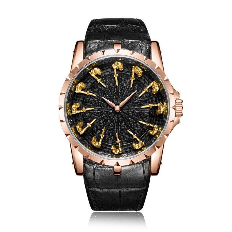 Nouvelle montre à quartz d'affaires pour hommes chevaliers Unique en trois dimensions forme cadeau de noël cadeau d'anniversaire