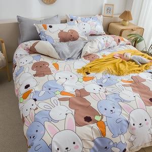 Image 2 - กระต่ายและแครอทพิมพ์ชุดเครื่องนอนการ์ตูนน่ารักสัตว์ผ้านวมที่นอนปลอกหมอนผ้าปูเตียงเด็กผู้ใหญ่3/4Pcs
