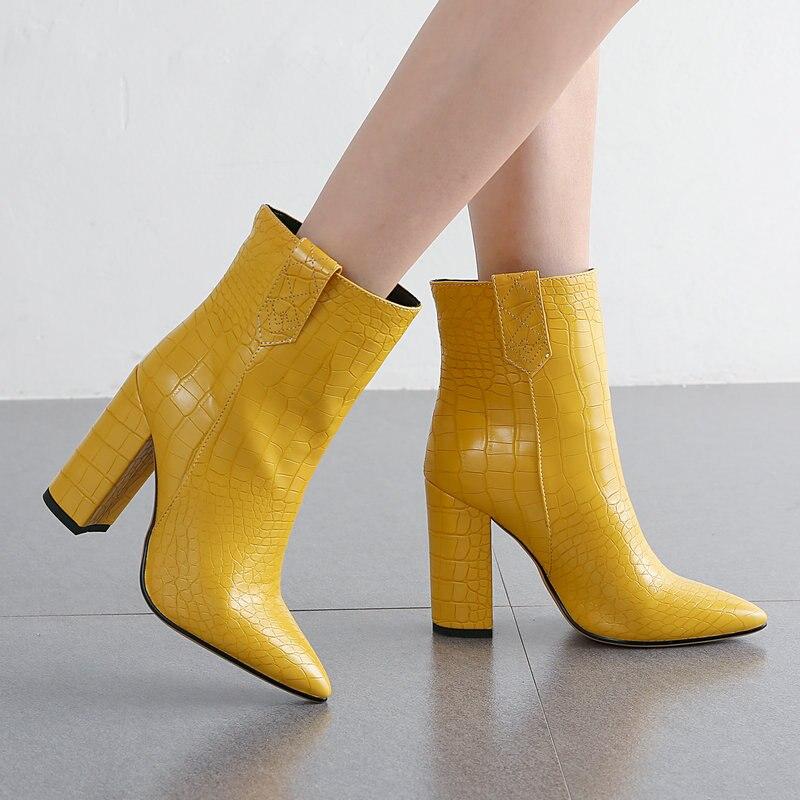 Femmes bottes mode bottines imprimer Pu cuir haut talon bottes courtes bout pointu automne hiver peluche femme bottes noir blanc
