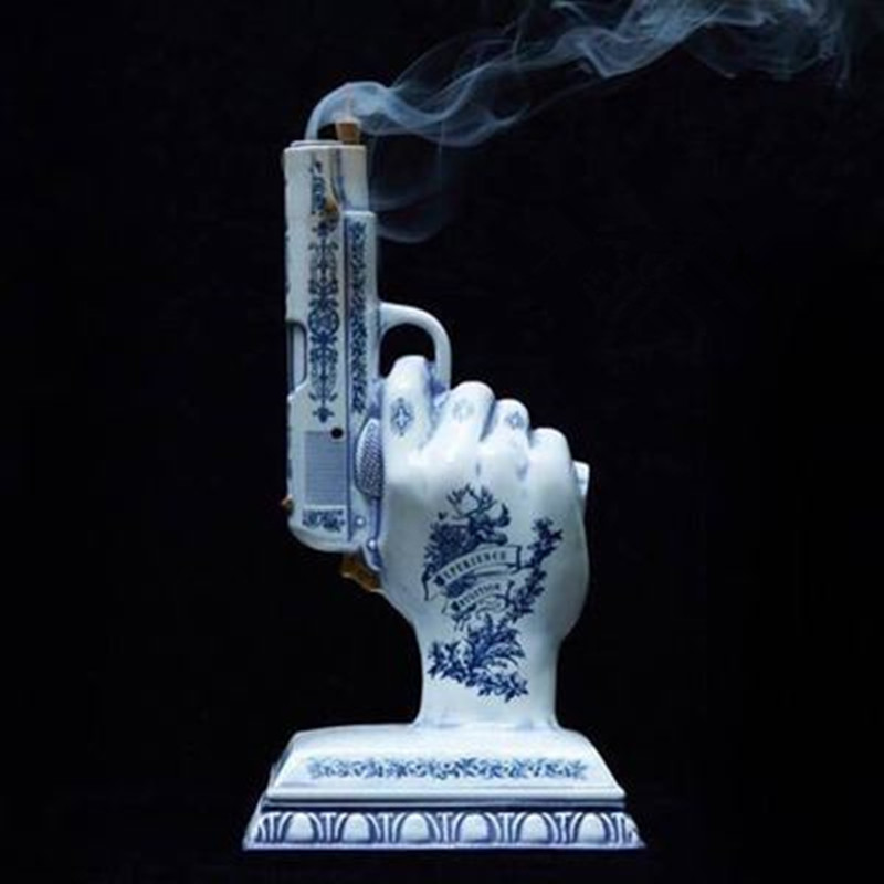 29CM Creative Simulation Handgun Ceramics Aromatherapy Incense Burner Statue Action Figure Collection Model Toy X2361 image