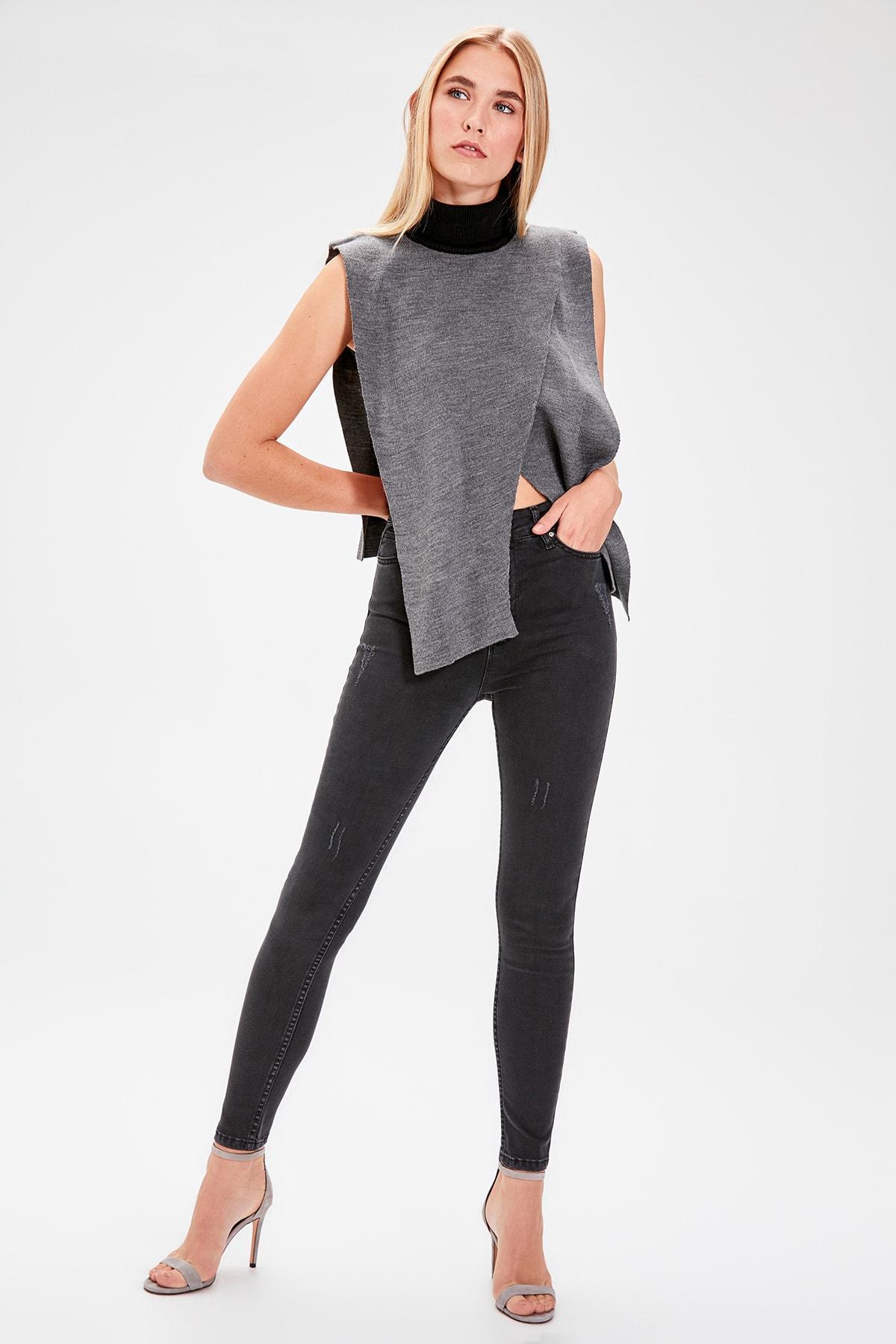 Trendyol Black Yıpratmalı High Waist Skinny Jeans TWOAW20JE0074