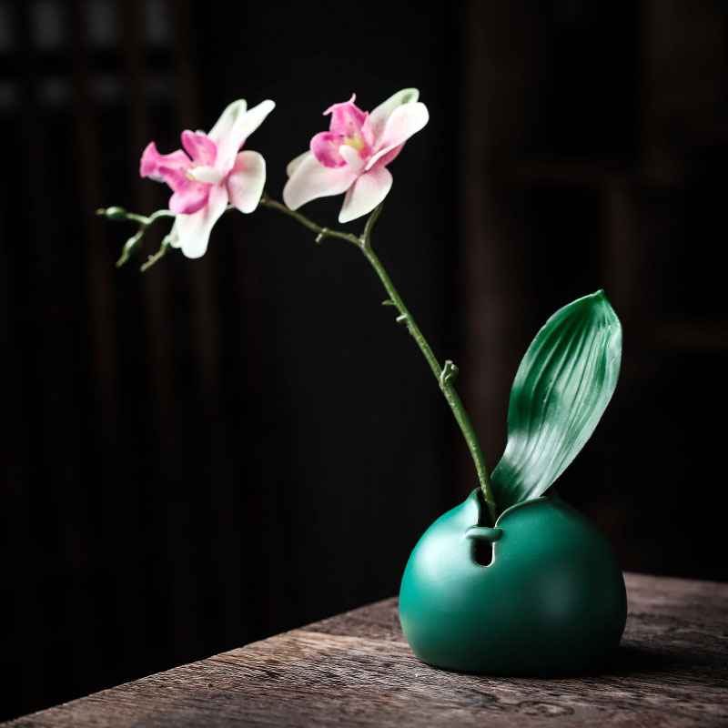 Creative Ceramic Small Vase Japanese Style Retro Style Flower Arrangement Dried Flower Decoration Home Furnishings Living Room Leather Bag