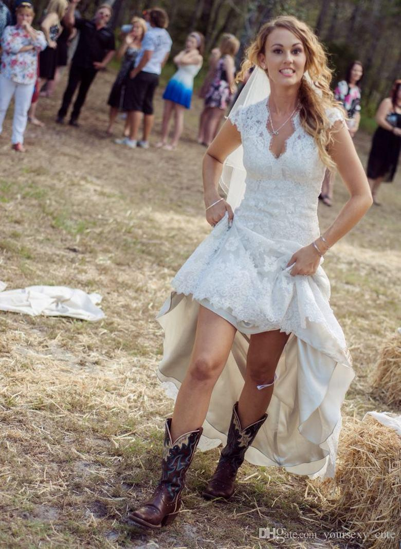 Vintage High Low Cheap Sexy Sheer V-Neck Cap Sleeve Pleats 2018 Plus Size Lace Bridal Gown Vestido De Noiva Bridesmaid Dresses