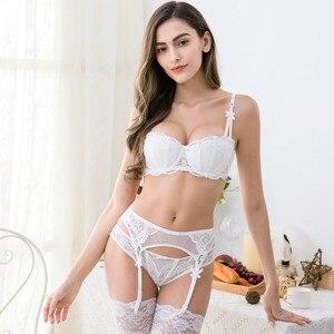 Image 3 - CYHWR mulheres sexy bra set intimates bordados meia xícara lingerie fina Conjuntos de sutiã e calcinha com Ligas tentação preto 3 pçs/lote
