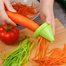 Râpe à spirale multifonction créative, éplucheur manuel pour pommes de terre, carottes, radis, râpe rotative, outils de cuisine