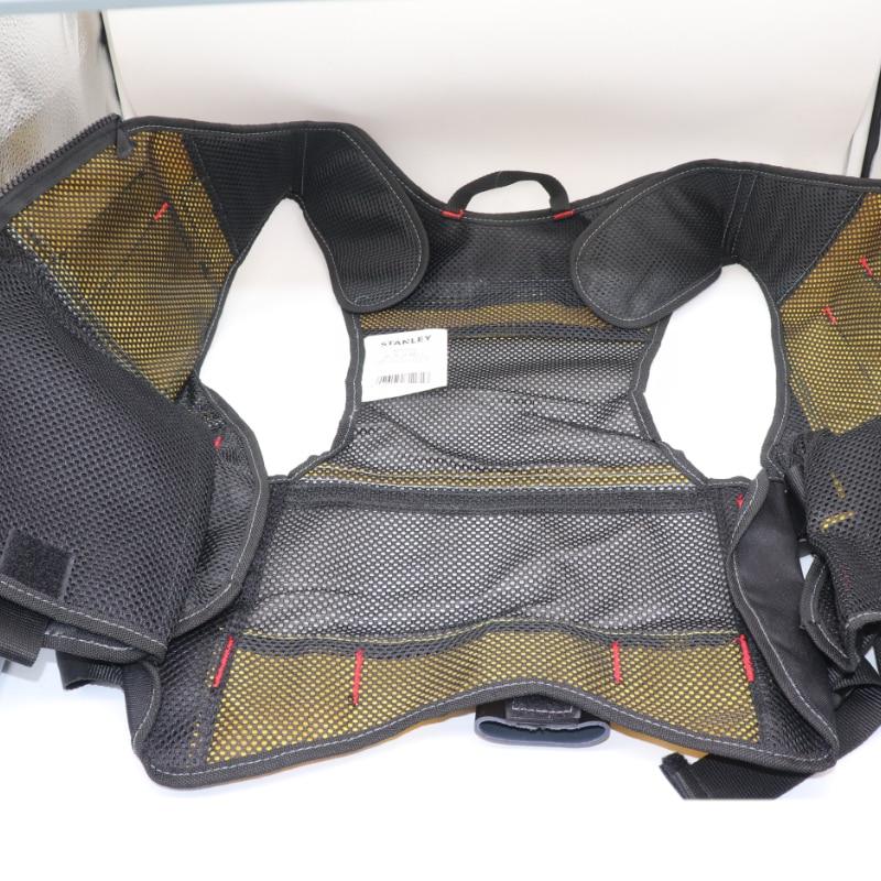 FMST530201 vest for tools des8