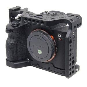 Image 2 - A7R4 Cage Pro A7R IV Cage de caméra pour Sony A7R Mark IV caméra avec 1/4 3/8 trou de filetage poignée supérieure Microphone Flash alliage léger fait
