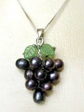 "FREE shipping> >Black Cultured Pearl Grape Cluster Jade Leaf 18"" Chain Necklace 6.07(China)"