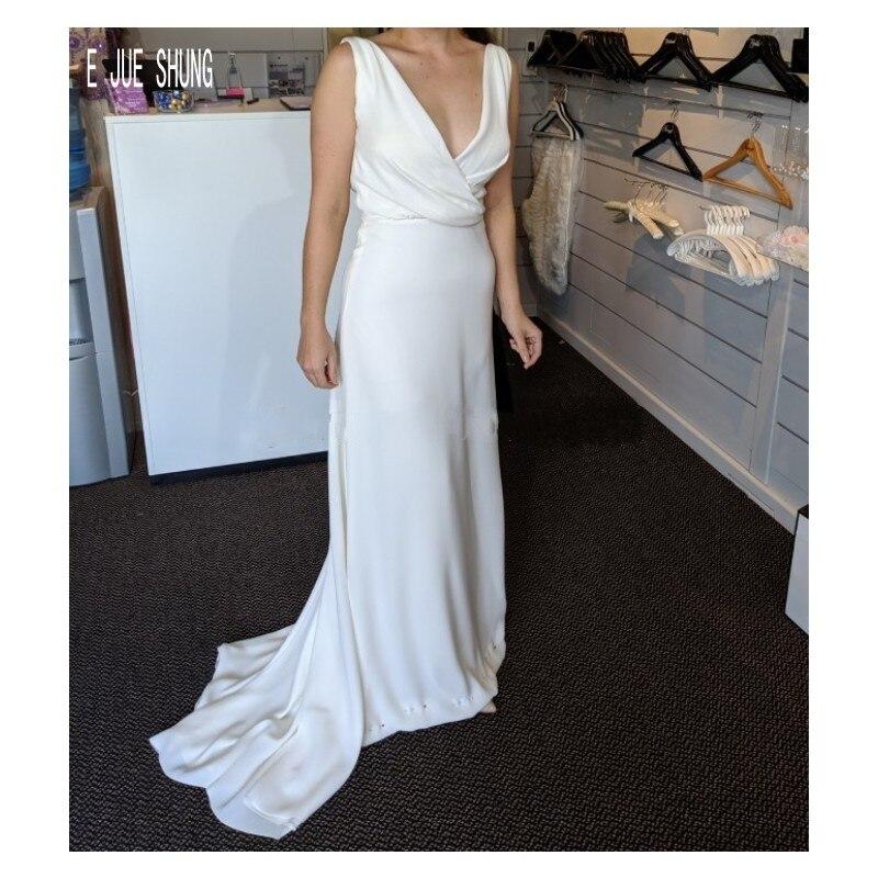 E JUE SHUNG Chic Cowl Back Wedding Dresses V Neck White Mermaid Wedding Gowns Simple Sleeveless Bride Dresses vestido de noiva