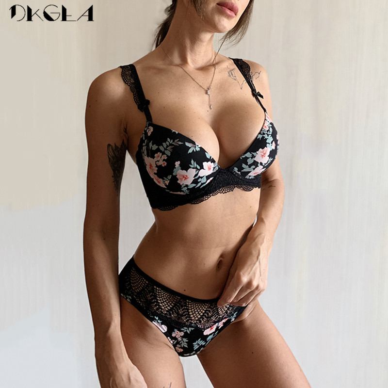 2019 New Black Printing Bras Women Underwear Set Sexy Cotton Push Up Bra Set Thick Brassiere A B C Cup Lace Lingerie Sets White
