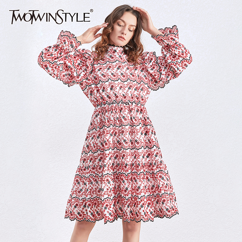 TWOTWINSTYLE Embriodery Floral Dress Women Long Sleeve Ruffles Casual Dresses Female Fashion Clothing 2020 Spring Autumn New