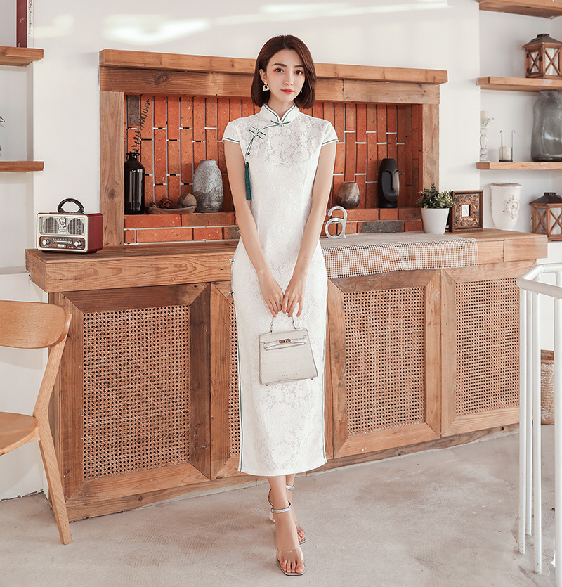 White Vintage Chinese Traditional Women Lace Qipao Plus Size 3XL Mandarin Collar Cheongsam Novelty Chinese Formal Dress