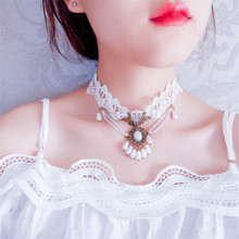 European and American creative models white lace ladies clavicle necklace sweet romantic crystal pendant wedding jewelry