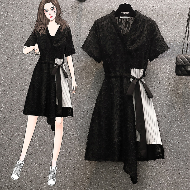 2021 new summer women's fashion halter dress girl temperament lace patchwork dress slimming large loose dress black two-piece su