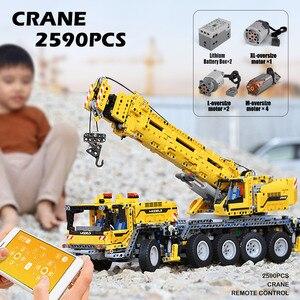 Image 3 - 20004 APP Control Technic Car Compatible With 42009 Mobile Crane MK II Set Kid Christmas Toys Gifts Building Blocks Bricks Kits