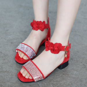 Image 4 - ילדים של נעלי בנות סנדלי קיץ חדש ילדה קטנה נעלי רך החלקה עור ריינסטון עקבים גבוהים נסיכת נעליים עבור ילדים