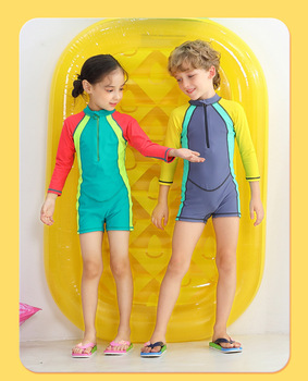 Wyoturn chłopcy i dziewczęta jednoczęściowy strój kąpielowy modna patchworka oddychający strój kąpielowy dziecięcy odporność na promieniowanie UV odzież chroniąca przed słońcem tanie i dobre opinie Pasuje prawda na wymiar weź swój normalny rozmiar Stretch Spandex Oddychające O-neck wyfs37 Pełna Kids Rash Guard Swimwear