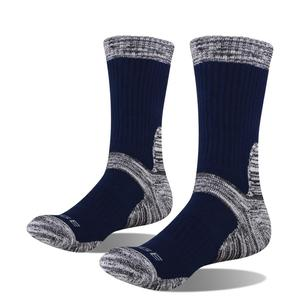Image 5 - YUEDGE Mens Wick Thick Cushion Cotton Crew Sports Athletic Hiking Socks Winter Warm Socks For Men(5 Pair/Packs)