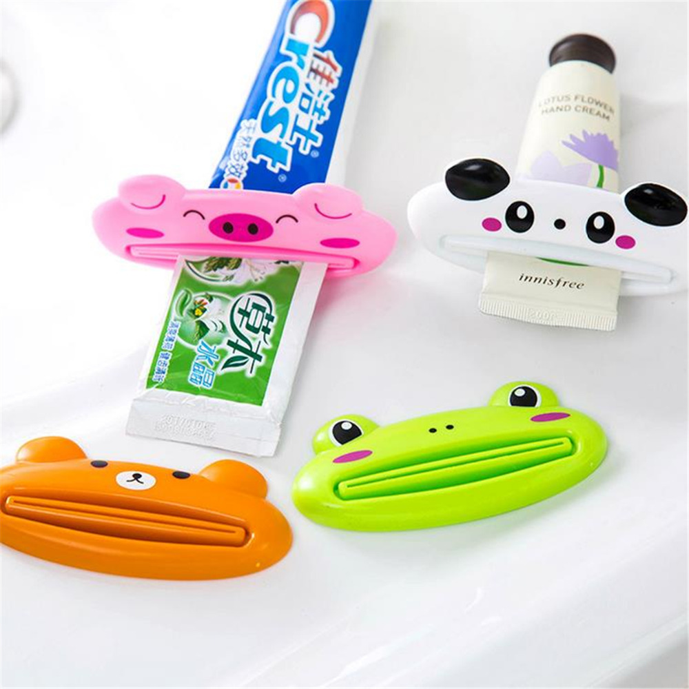 Plastic Cartoon Toothpaste Dispenser Cleanser Squeezer Extruder Bathroom Accessories Piggy / Frog / Bear / Panda 1pc