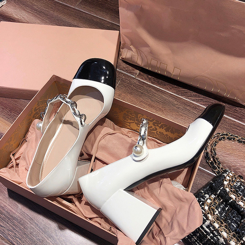 French shoes women's thick heel 2021 new color matching patent leather high heel shoes pearl shallow mouth square shoe