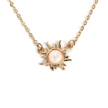 New Fashion Imitation White Fire Opal Sunflower flower Pendant Necklace Gold silver color Charm For Women Female