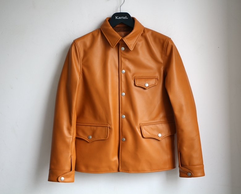 Free Shipping.Super Driving Leather Jacket.US Style.men Genuine Leather Coat.classic Style Engraved Jackets.Limited Clothing