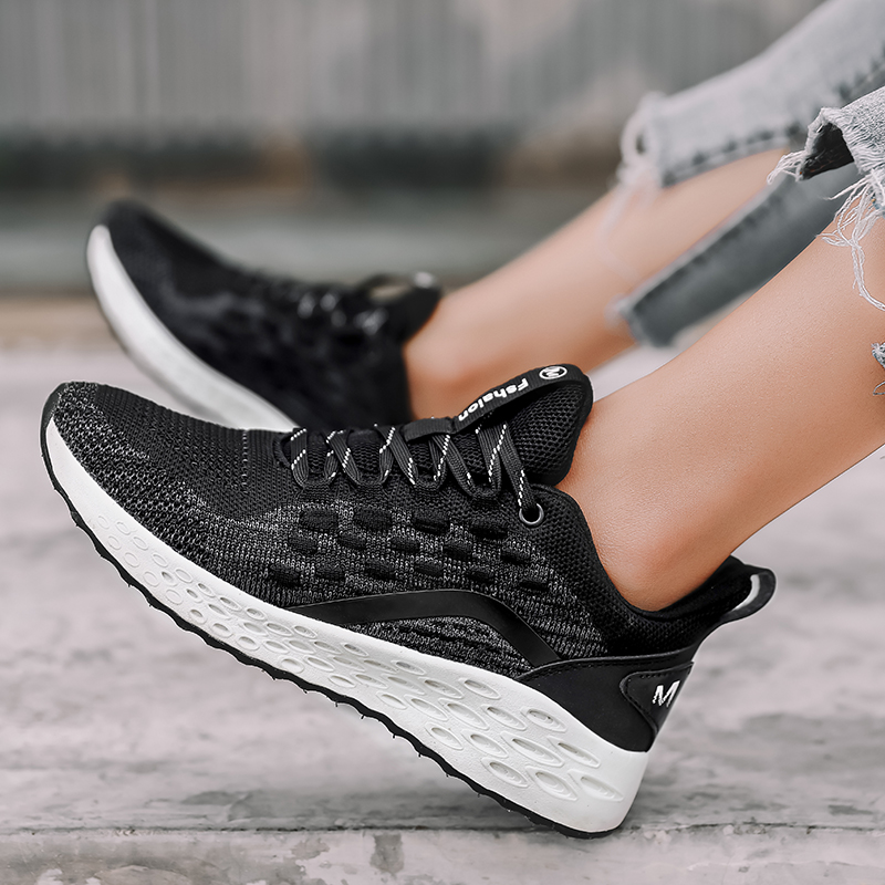 Flats Soft Walking Shoes Woman Casual Breathable Lace Up Flat Shoes Tenis Feminino Breathable Sneakers