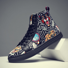 High Quality High-top Skateboarding Shoes Men Trend Street shoe 3D Flat Sneakers Youth Tooling shoes Boy Casual wild Sport Boots
