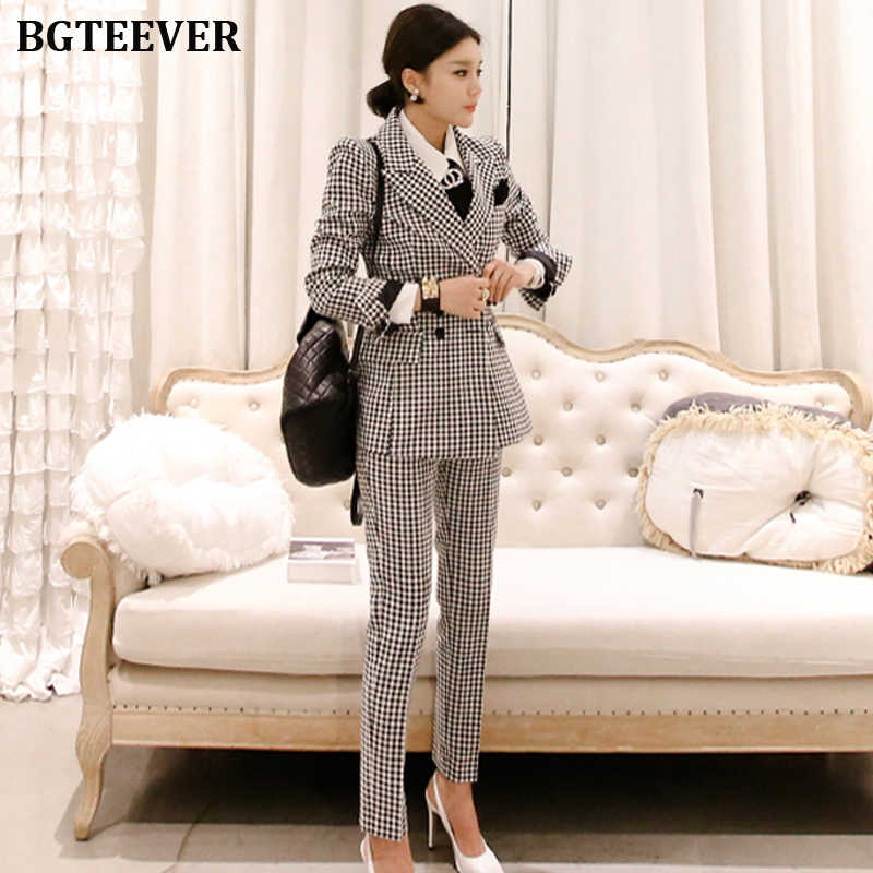 オフィスの女性の女性パンツスーツダブルブレストブレザージャケット & アンクル丈パンツ作業服格子縞の女性のスーツ 2 枚セット 2019