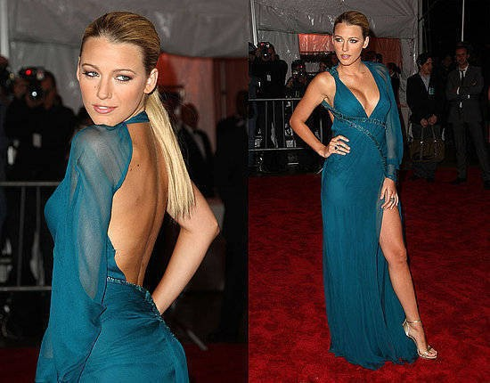 Sexy Deep V Neck Backless Long Sleeve Side Split Blake Lively Red Carpet Chiffon Evening gown 2018 mother of the bride dresses