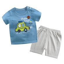 Yeni yaz erkek eşofman yürümeye başlayan giysi araba baskı T shirt + şort takımı giyim bebek çocuklar için giyim çocuk 6 Yeras kıyafetler
