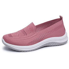 2020 New women sneakers  Comfortable casual shoes soft bottom breathable single shoes female light walking shoes new shoes light double wheel breathable glowing walking shoes led roller skates 3 colors unisex students walking sneakers