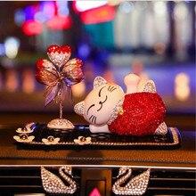 Yeni araba hediye dekorasyon iç güzel balon şişesi parfüm araba kristal şanslı kedi