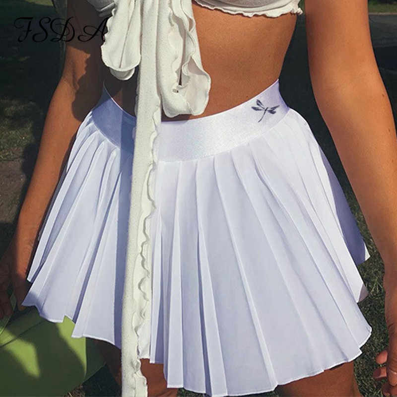 Style Trends: Dressing in Nude and Beige Outfits 2020